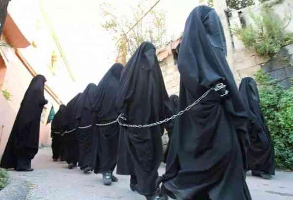 femmes-esclaves