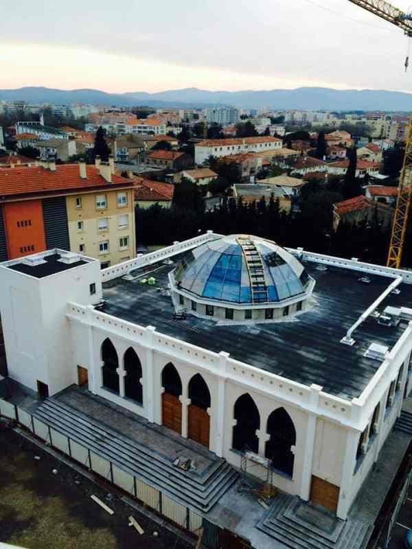La mosquée de Fréjus se dote d'un dôme
