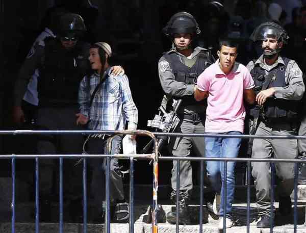 La mosquée Al-Aqsa prise d'assaut par les soldats sionistes 3