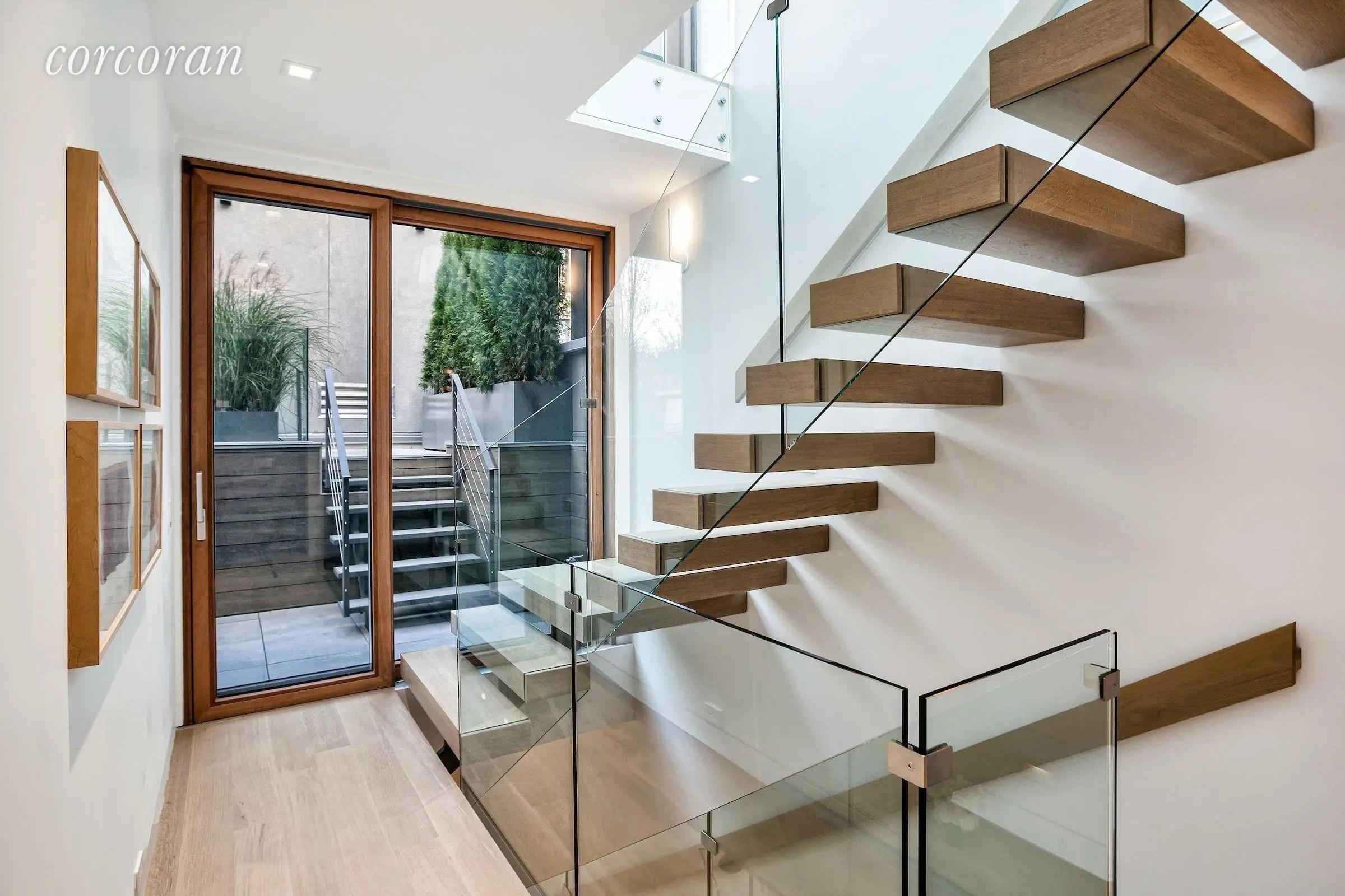 Handrails & Glass Balustrades