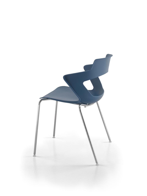Art.SE19 - sedia con struttura metallica, seduta e schienale in polipropilene.Disponibile in diverse finiture. (LT FORM)