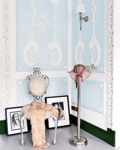 The London Flat of Interior Designer Danielle Moudaber (photo by Sunna & Marc van Praag)