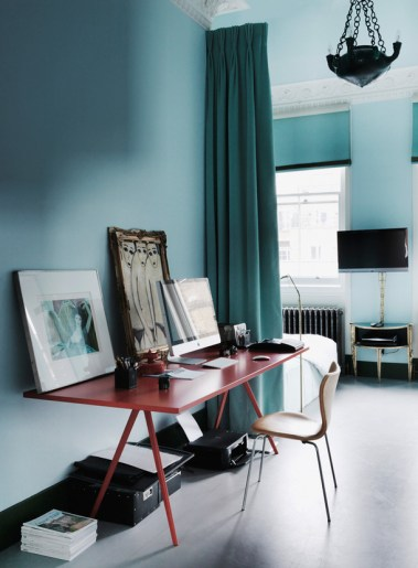 The London Flat of Interior Designer Danielle Moudaber (photo by Michael Paul)