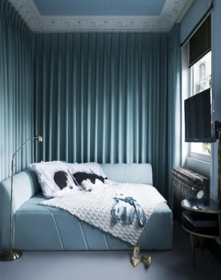 The London Flat of Interior Designer Danielle Moudaber (photo by Rei Moon-MOON RAY STUDIO)