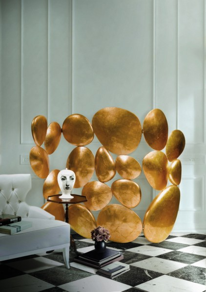 GOLD Folding Screen-Paravent-Room Divider by Pedro Sousa from BOCA DO LOBO (Limited Edition Collection, 2008) - photo by Pedro Saraiva (Copyright: ©Boca do Lobo, Pedro Sousa, Pedro Saraiva)