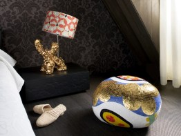 ALICE, BEATRICE, CECILIA, DAPHNE & ELENA Poufs-Stools-Ottomans-Coffee Tables-Side Tables by Marcel Wanders (2004-2012) from BISAZZA (Home Collection) at the Lute Suites (photo by Inga Powilleit - courtesy of Marcel Wanders - copyright: ©LUTE SUITES, Marcel Wanders, Inga Powilleit)