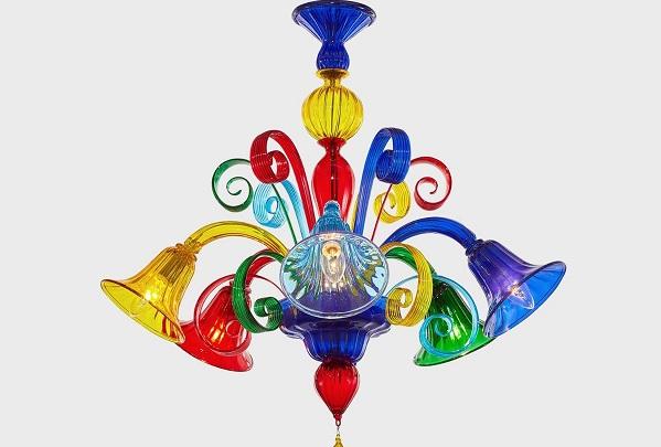 Lampadario calata a sfera tutta sfaccettata in vetro veneziano e14 led. I Lampadari In Vetro Di Murano Un Elemento D Arredo Senza Tempo Design Italia
