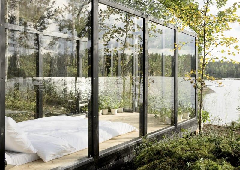 casa sul lago in Finlandia | luce e legno