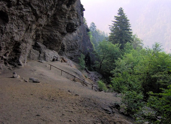 Alum Cave, Newfound Gap Road, Tennessee - Under the Great Smoky Mountains – The Underground World of Caves