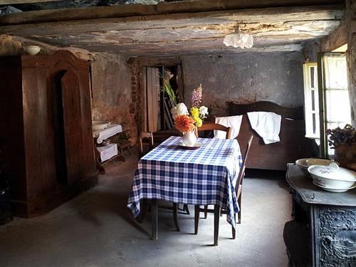 Dining room in the Maison des Rochers de Graufthal, Bas-Rhin, France Photo by Camille Gévaudan