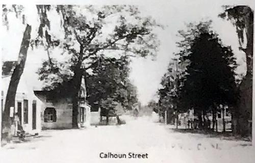 Historic Photo of Calhoun Street - Map of Old Town Bluffton - Hilton Head Island - design42