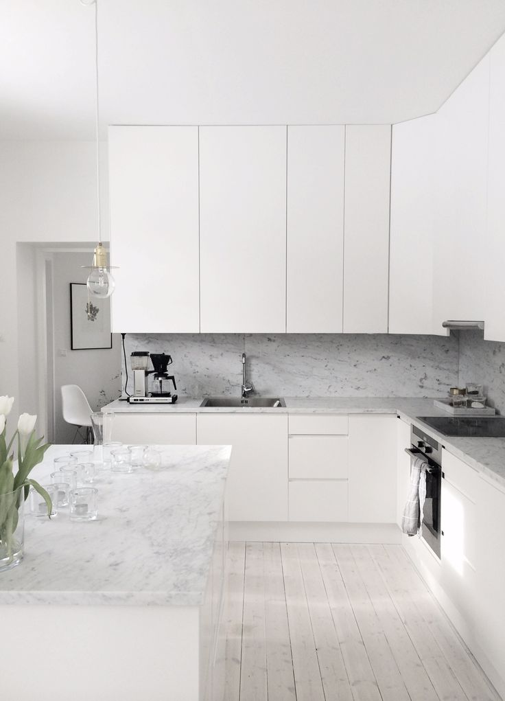 White Kitchen with Marble