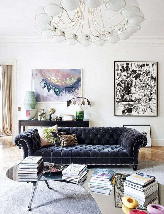 Decorating your space with modern and vintage art plus other accessories can create the perfect blended design. See how to mix it up! Modern and Vintage Art