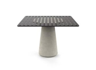 tavolo-da-esterno-grassi-pietre