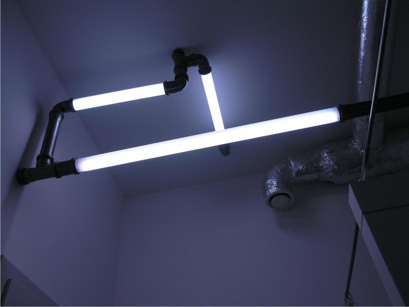 atomic lighting tubes by emandes studio
