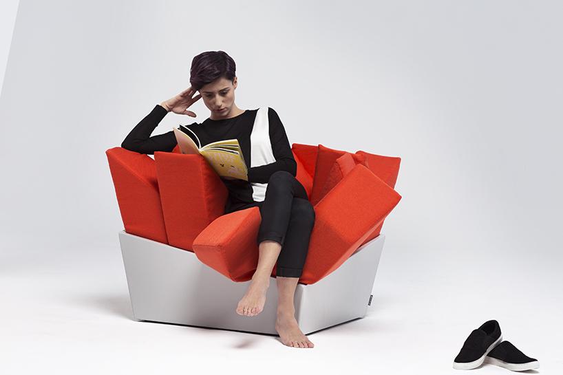 MANET easy chair meilleur avant 2065 designboom