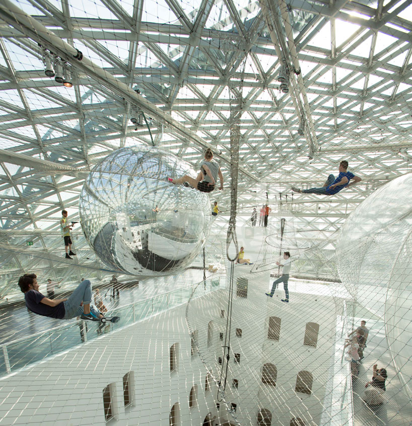 tomas saraceno puts you in orbit