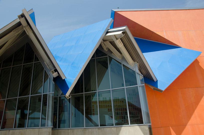 frank gehry biomuseum in panama designboom
