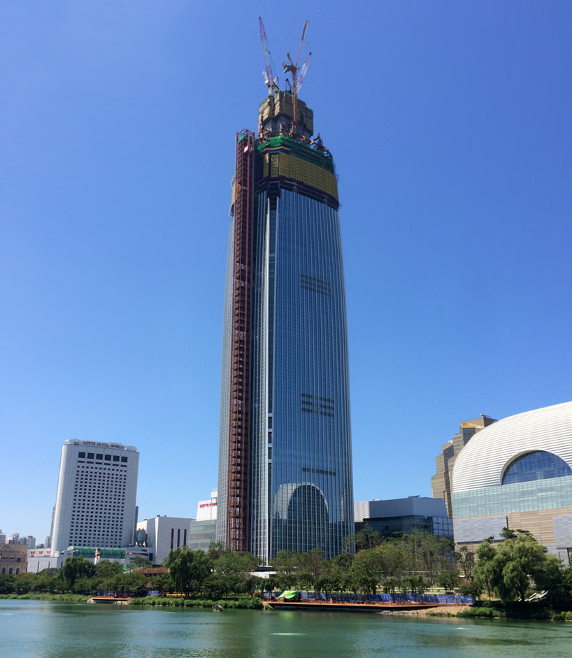 Lotte World Tower By Kpf Reaches Record Height In Seoul