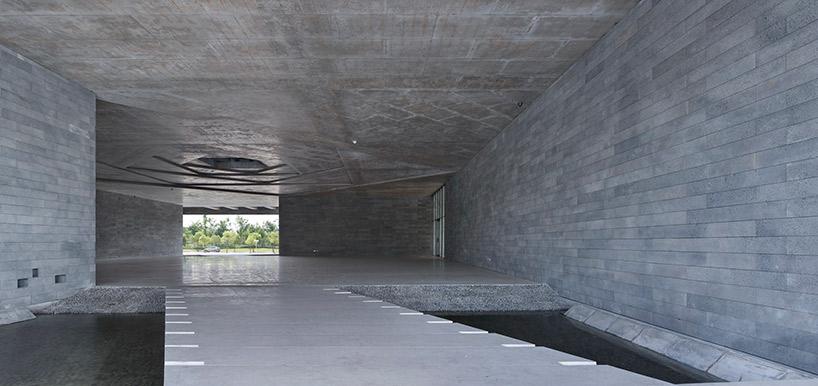 Original Design Studio Redefines The Courtyard With Fan