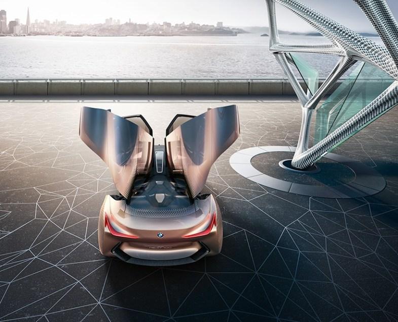 https://i1.wp.com/www.designboom.com/wp-content/uploads/2016/03/BMW-vision-next-100-concept-designboom-06-818x661.jpg?resize=785%2C635