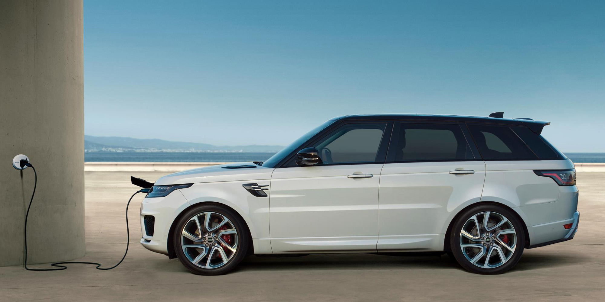 the range rover sport plug in hybrid electric SUV signals an