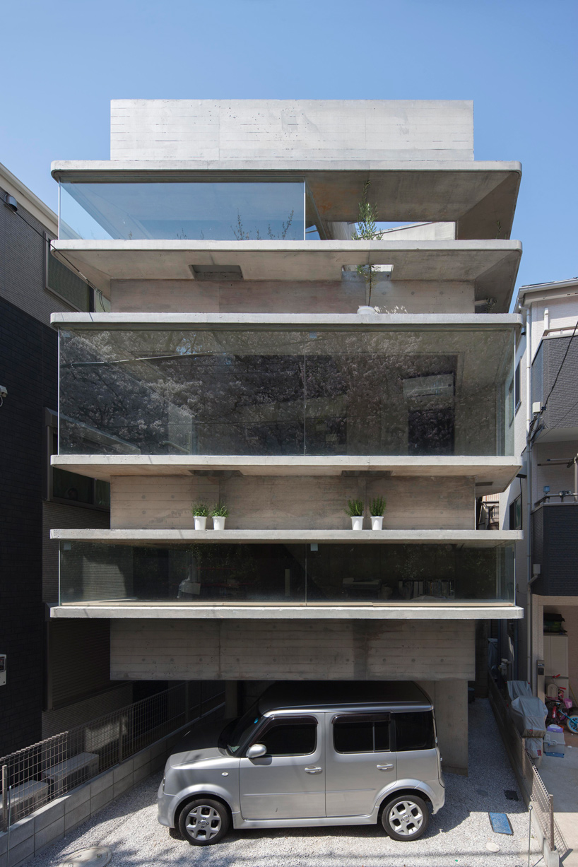 Oriel Window House By Shinsuke Fujii Offers Cherry Blossom