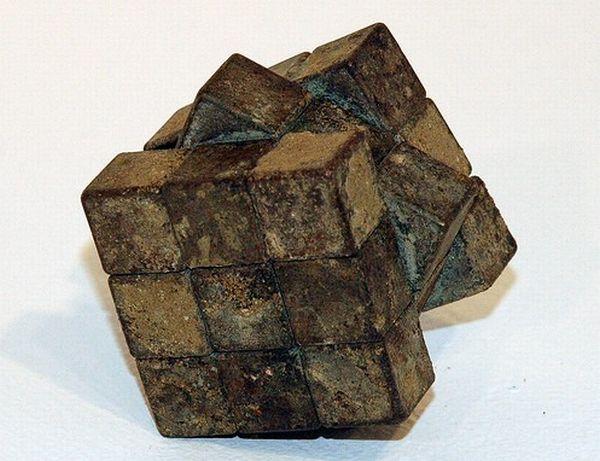 Rock RUBIK's Cube