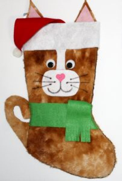 DIY Christmas stockings for your cat or cat lover. Ginger cat stockings. #Christmasstockings #petstockings