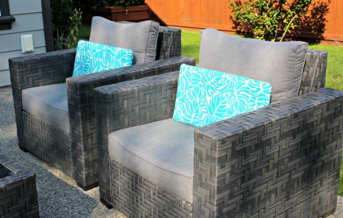 How to decorate your deck or patio. I have some tips and tricks to help with your deck decor. Here are some things to help you get your outside space ready for summer.