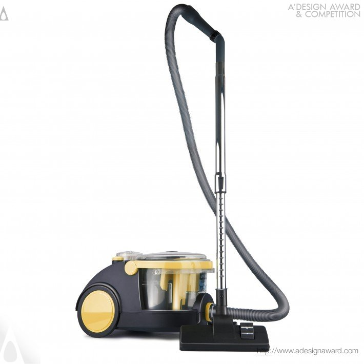 "Aspirador de pó com filtro de água ""Arnica Bora"", por Yasemin Ulukan - ganhadora do troféu ouro 2012."
