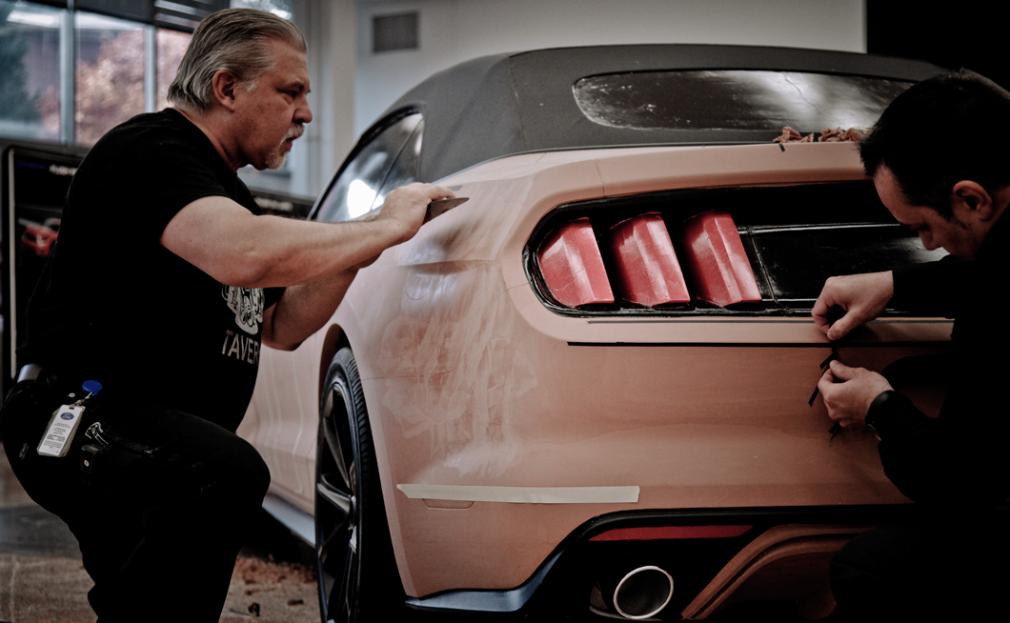ford-design-studio-modelagem-em-clay-do-mustang-2015-3