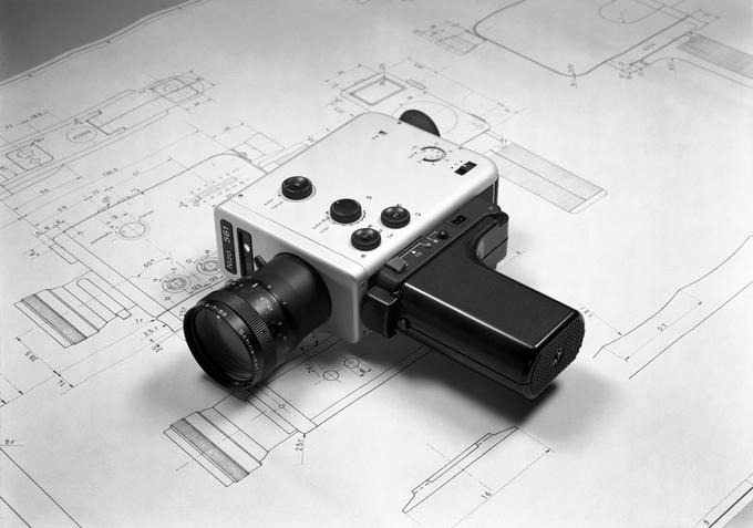 Câmera Braun Nizo 561 e desenhos técnicos - 1976