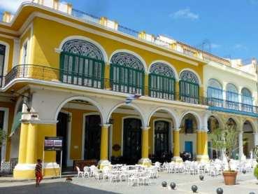 PLaza-Vieja-Old-Havana.1