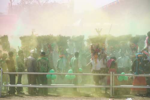 Celebrating Holi style at the Kavant Fair
