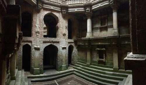 Adlaj Vav step well, India