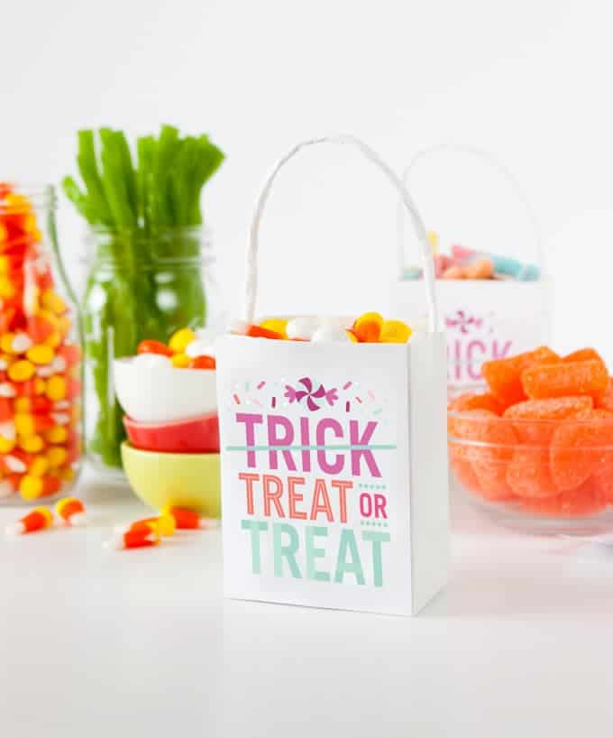 """Download these """"Treat or Treat"""" labels by Design Eat Repeat.jpg"""