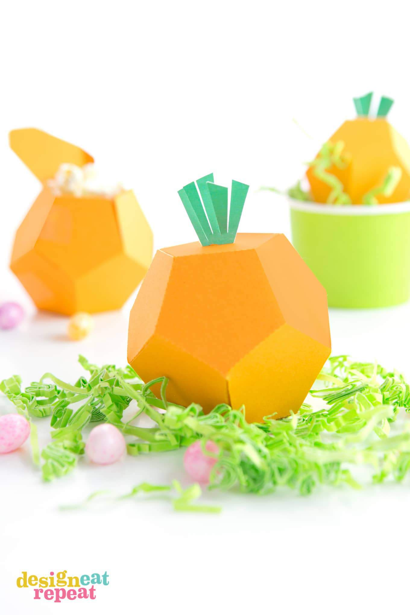 Download these printable carrot treat boxes, fill with candy, and have yourself an adorable little treat for Easter or Spring time goodies!