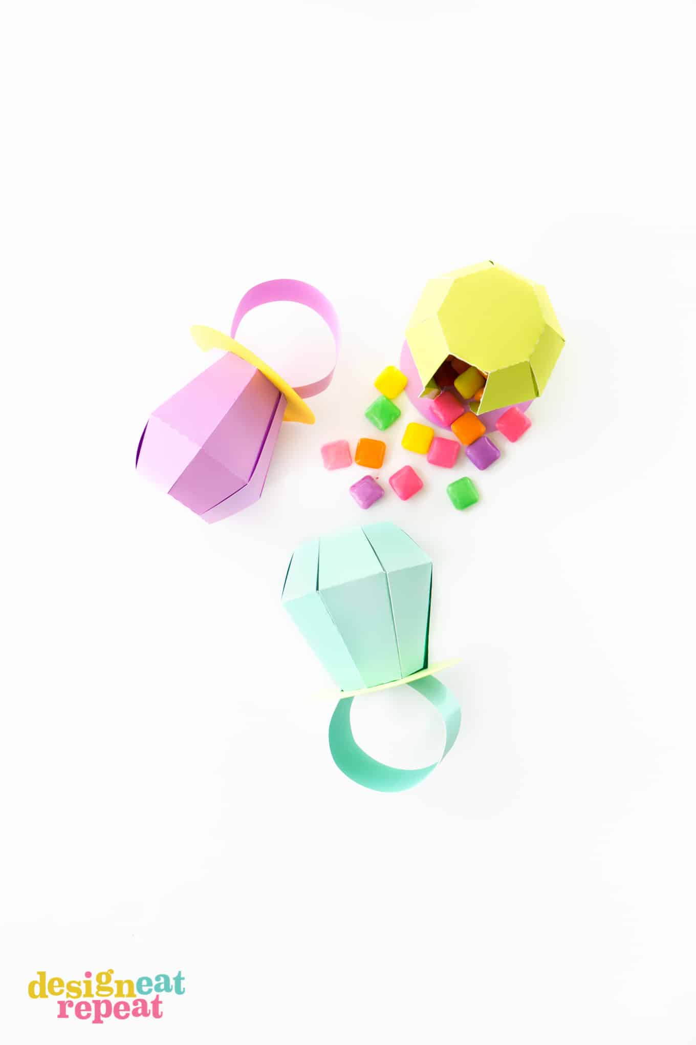 Learn how to make these paper RING POP treat boxes! Fill with candy for the perfect party favor!