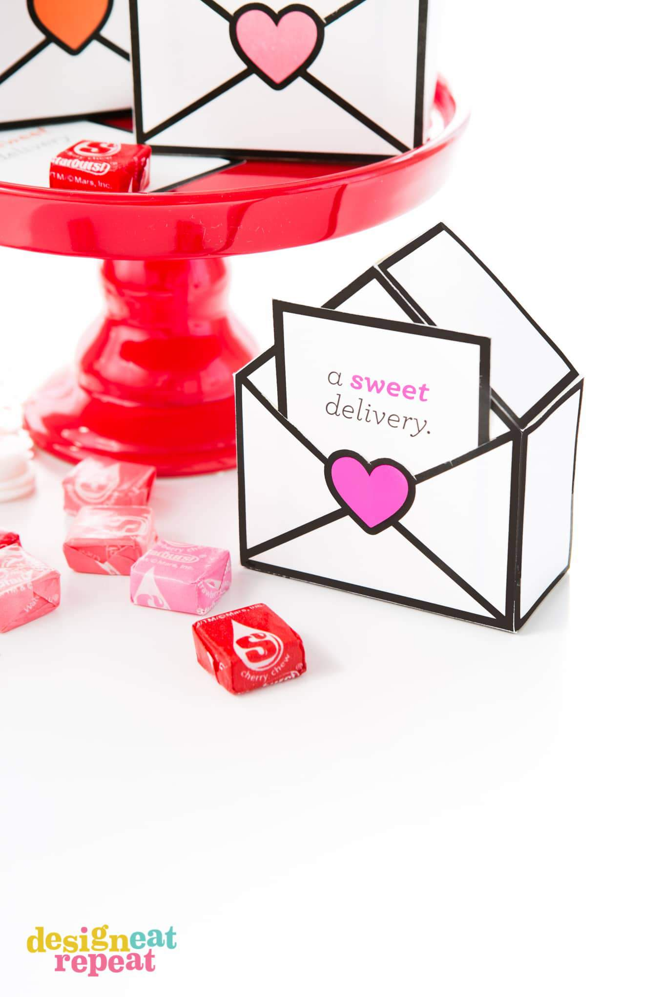 Fun & interactive printable Valentine's Day candy boxes - free to download!