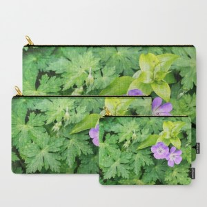 cosy-couple-of-purple-geranium-flowers-o1h-carry-all-pouches