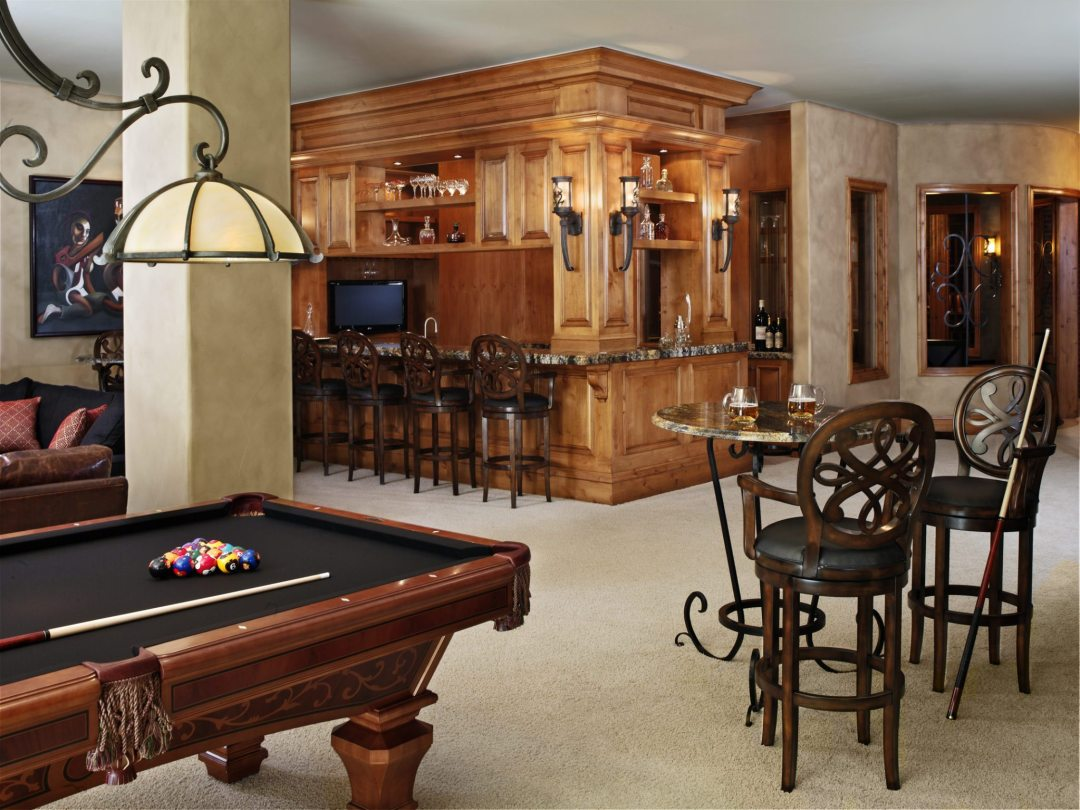 Basement Bar with pool table