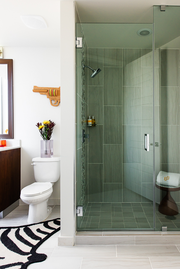 Lenore Callahan Interior Design,Austin Commercial Interior Photographer - The Bowie, bathroom