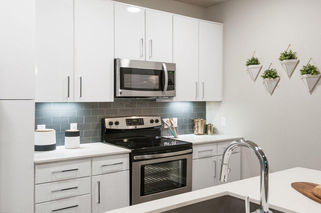 Interior Design,Tribute on the Rim, kitchen, loft