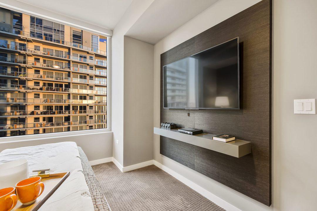 austin condo bedroom tv area, lenore