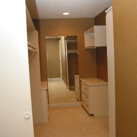 Primrose master bed closet