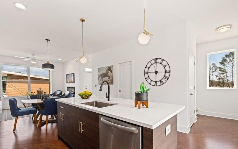 Perry house plan kitchen-4