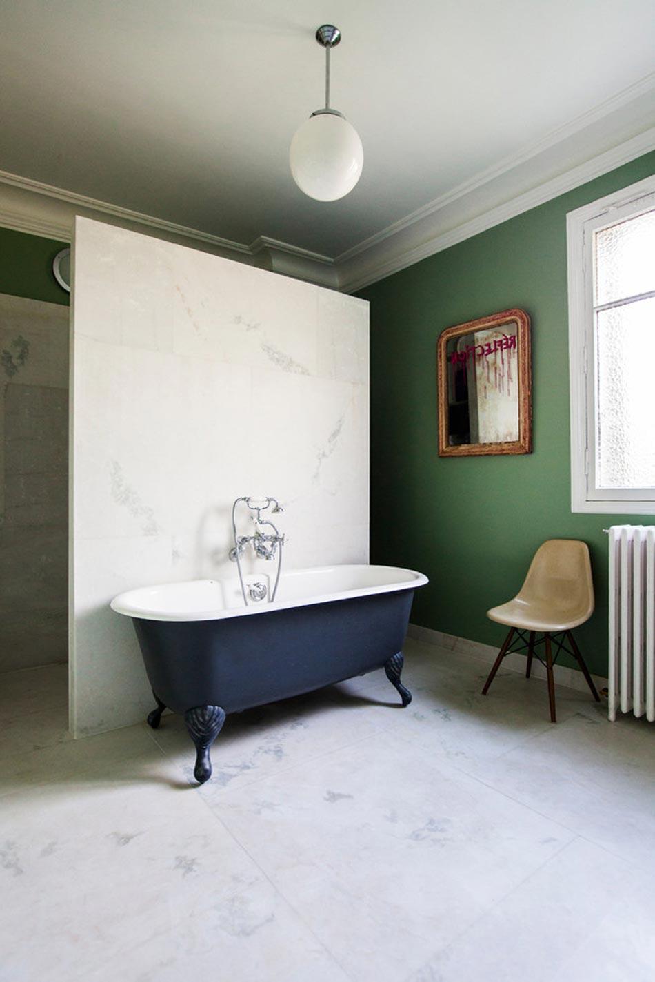 Salle De Bain Marbre Blanc Pour Afficher Une Classe