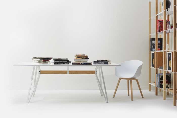 Monarch table