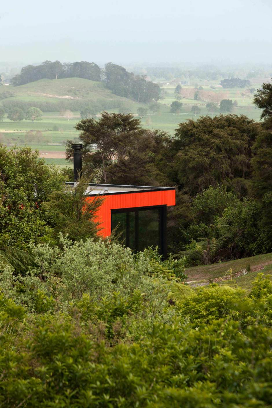 Pattersons modern house bush site with views